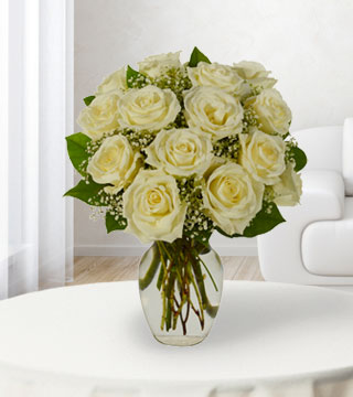 18 White Roses Bouquet