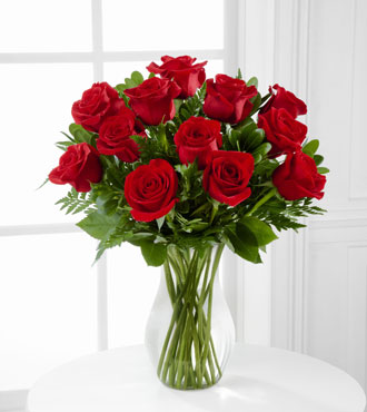 FTD® 12 Blooming Masterpiece™ Rose Bouquet