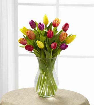 FTD® Bright Lights™ Bouquet