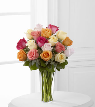 FTD® 18 Graceful Grandeur™ Rose Bouquet