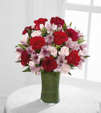 FTD® Love In Bloom™ Bouquet - Greatest