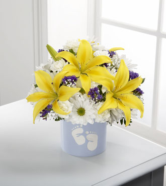 FTD® Sweet Dreams® Bouquet - Boy-Better