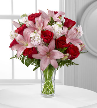 FTD® Anniversary Bouquet - Greatest