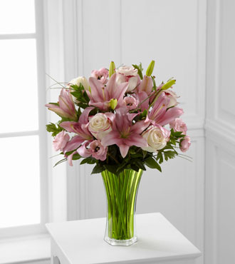 FTD® Classic Beauty™ Bouquet - Greater