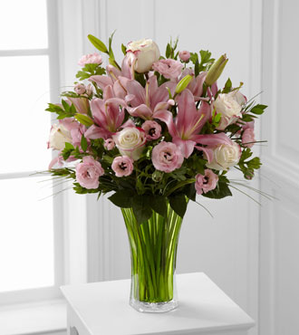 FTD® Classic Beauty™ Bouquet - Greatest