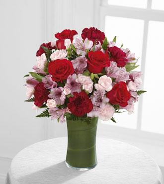 FTD® Love In Bloom™ Bouquet - Greatest