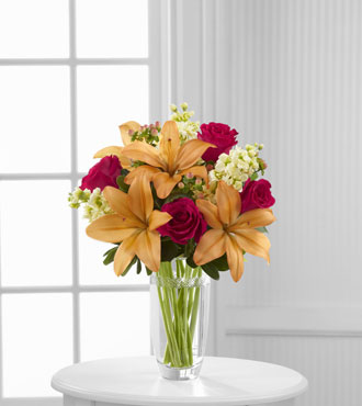 FTD® Luxe Looks™  Bouquet by Vera Wang