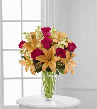 FTD® Luxe Looks™  Bouquet by Vera Wang - Greater