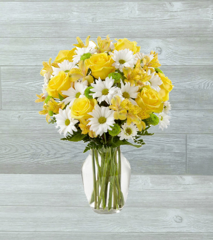 FTD® Sunny Sentiments™ Bouquet - Greater