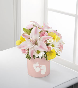 FTD® Sweet Dreams® Bouquet - Girl - Great