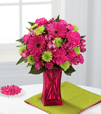 FTD® Raspberry Sensation ™ Bouquet