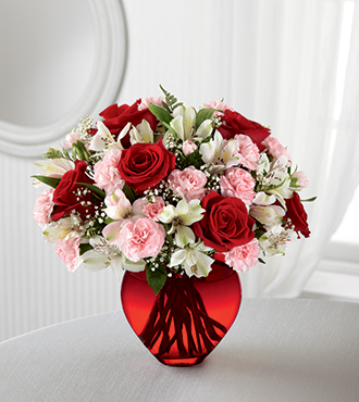The Ftd 174 All You Need Is Love Bouquet Open Blooms