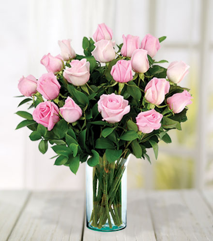 18 Pink Roses