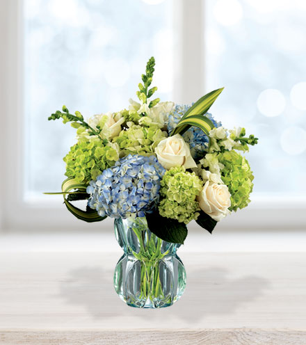 FTD® Superior Sights™ Luxury Bouquet