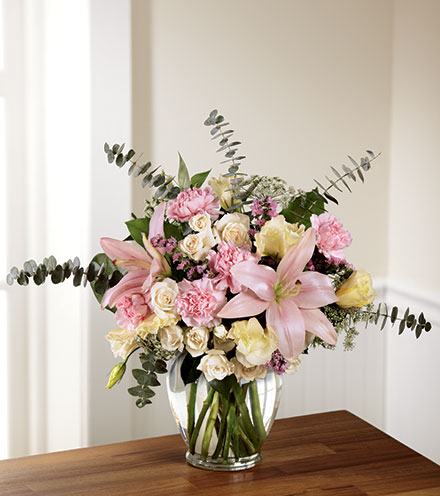 FTD® Classic Beauty™ Bouquet
