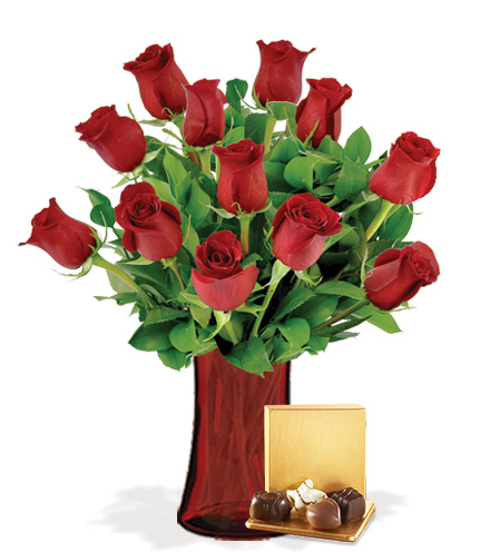 12 Red Roses with Vase & Chocolates