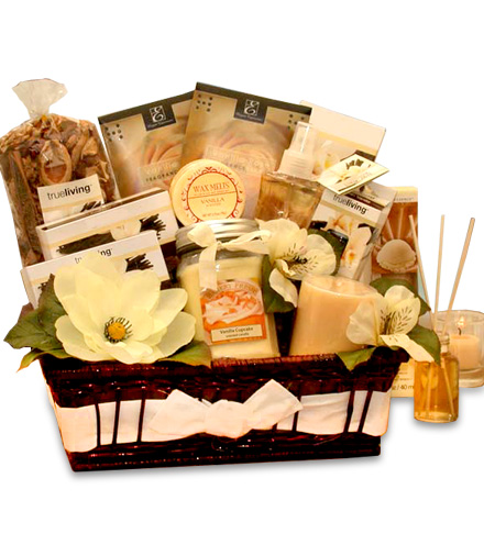 Vanilla Scents Candle Gift Basket