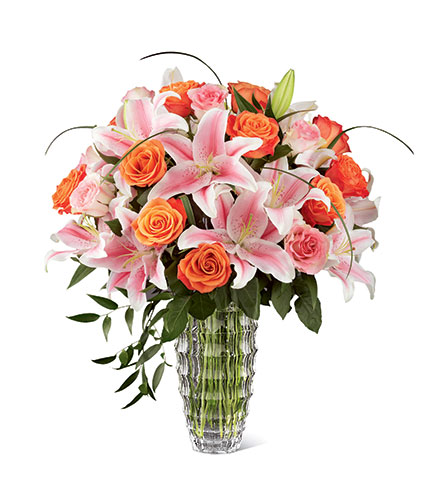 FTD Sweetly Stunning™ Luxury Bouquet