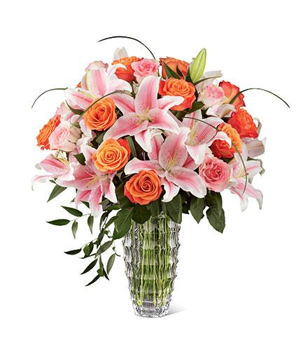 FTD Sweetly Stunning™ Luxury Bouquet